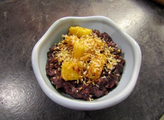 black_coconut_rice_pudding_with_roast_pineapple_lime