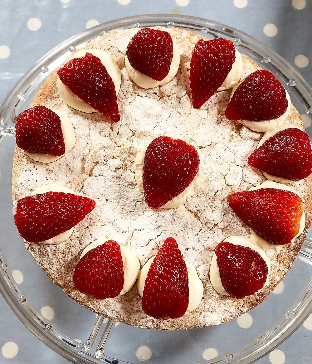 berry_cream_sponge_full2