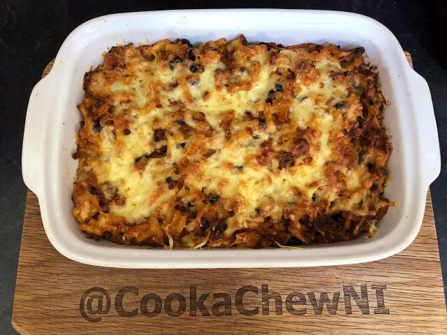 chilli_macaroni_beef_serving